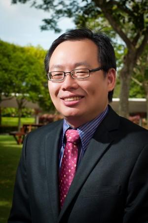 Professor Ir. Lau Hieng Ho